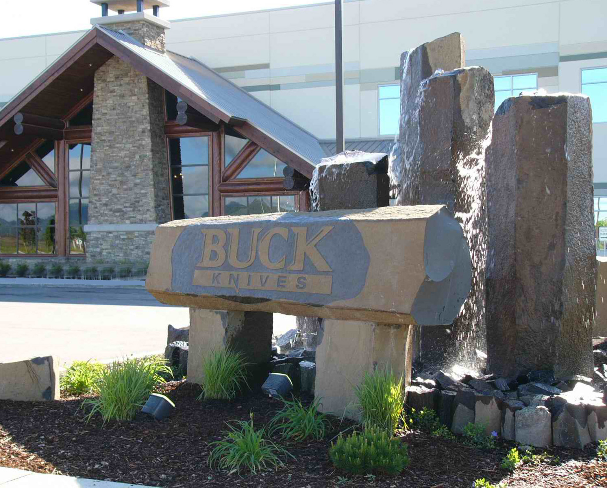 buck knives headquarters